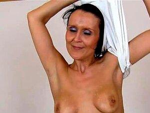 Nora nackt Binder Nora Binder