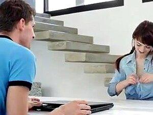 Stepsis schauen Porno Gefangene beim Gefangene Schwester