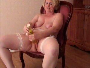 Hausgemachter Teen Dildo Orgasmus