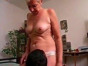 Oma liebt großen Schwanz