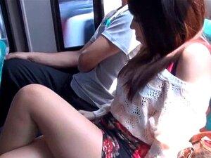 Unzählige Arschlöcher für die süße Asiatin Marica Hase beim wilden Analficken