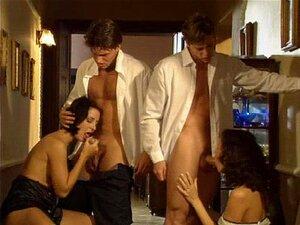 Nackt Sandra Maria Gronewald  Gay Sex