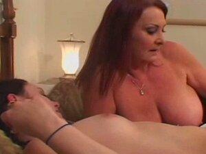 Hässliche Mädchen nackt mit großen Boodys