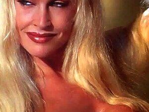 Frauen nackt bilder Wwe WWE